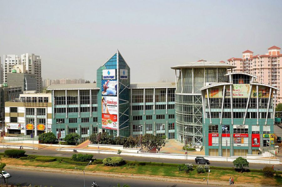 DLF south point