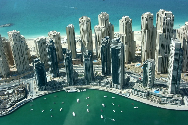how-investors-can-tap-the-dubai-real-estate-market.jpg