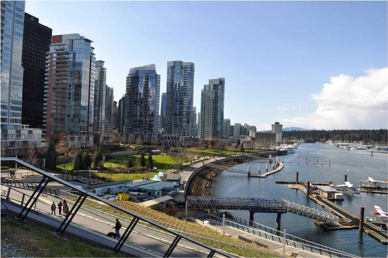 vancouver-witnesses-lower-home-sales-and-slight-increase-in-prices.jpg