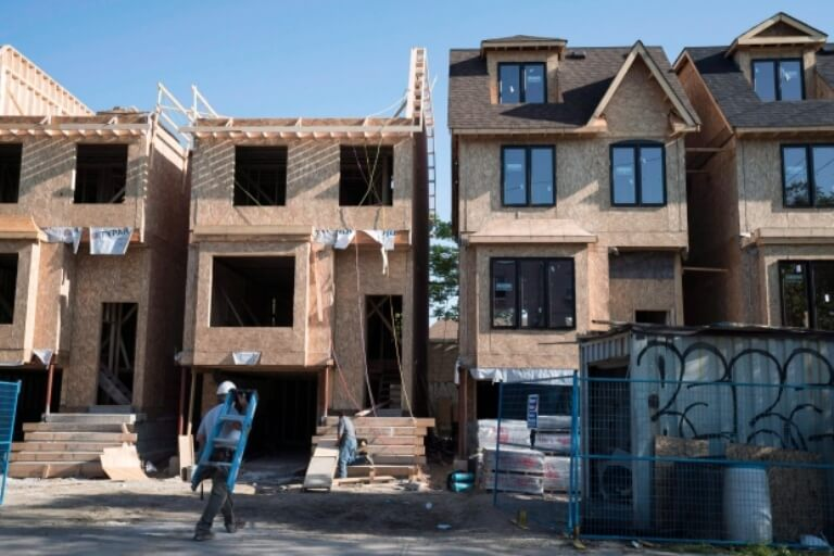 is-toronto's-housing-market-now-favourable-for-buyers.jpg