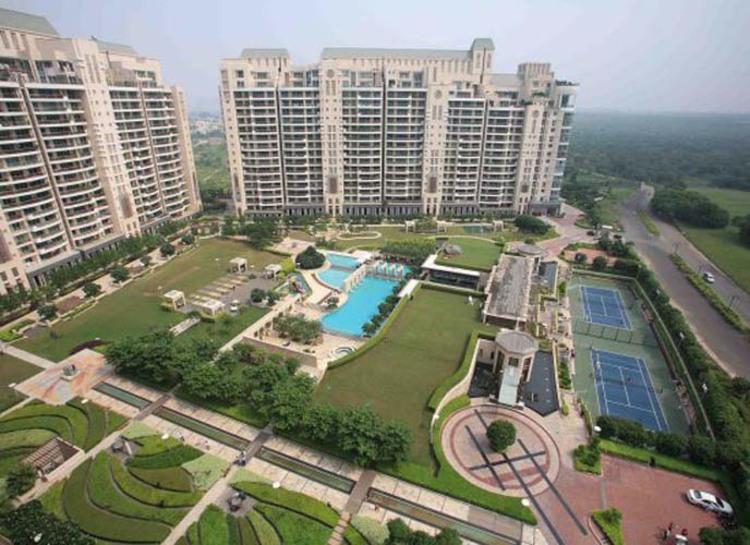 mumbai-realty-players-focus-on-ncr-real-estate-market.jpg