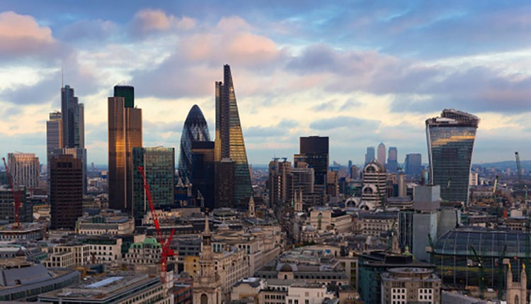 home-prices-go-down-in-uk-after-7-months.jpg