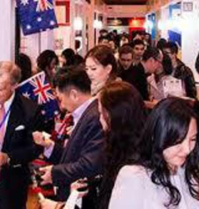 2017-saw-chinese-buyers-investing-23.9-billion-in-australian-real-estate-750×420-400x420.jpg