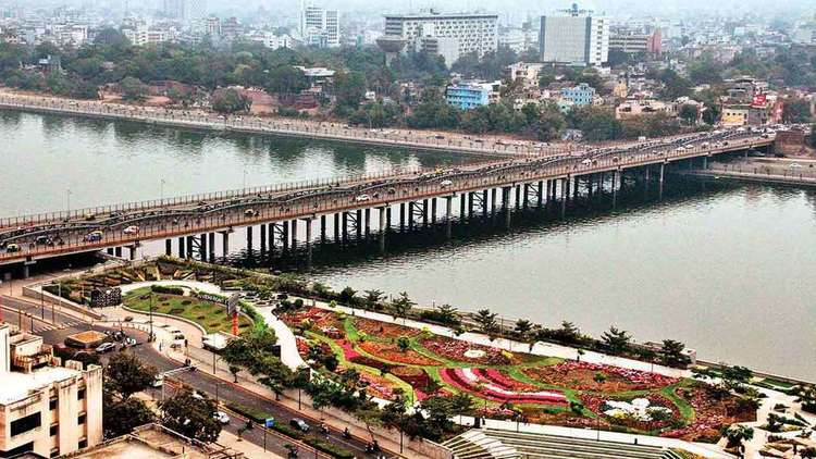ahmedabad-real-estate-market-betting-on-positive-headwinds.jpg