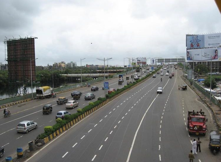 projects-near-highways-find-more-buyers-in-mumbai.jpg