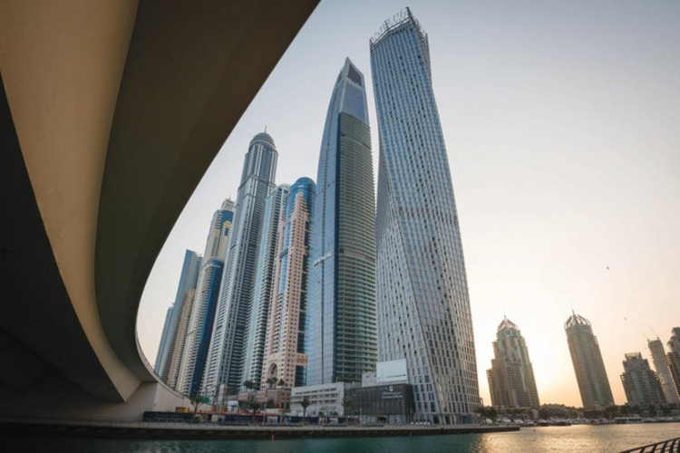 properties-in-dubai-are-attracting-chinese-real-estate-investors.jpg