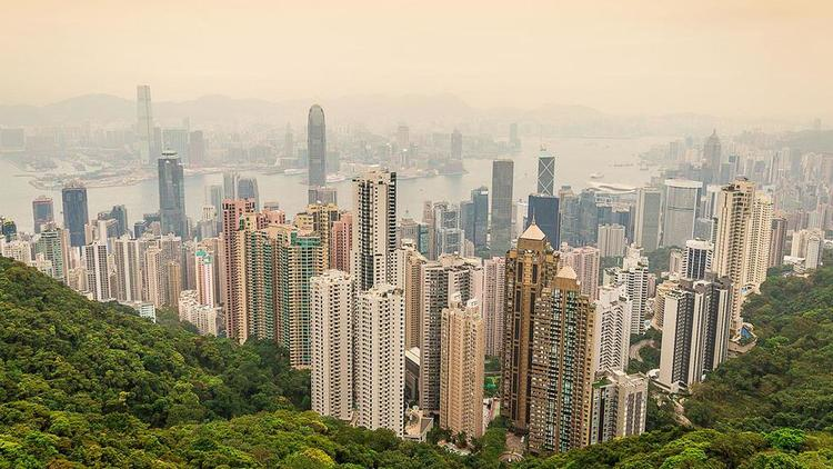 real-estate-developers-offer-attractive-incentives-to-buyers-in-hong-kong.jpg