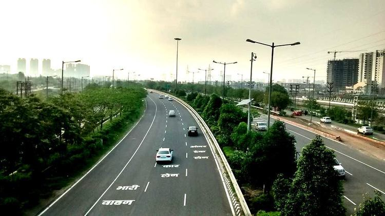 real-estate-markets-boom-along-the-noida-greater-noida-expressway.jpg