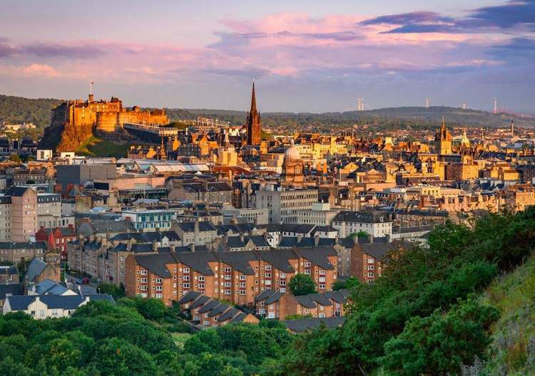 scotland's-realty-market-keeps-witnessing-price-growth-backed-by-strong-demand.jpg