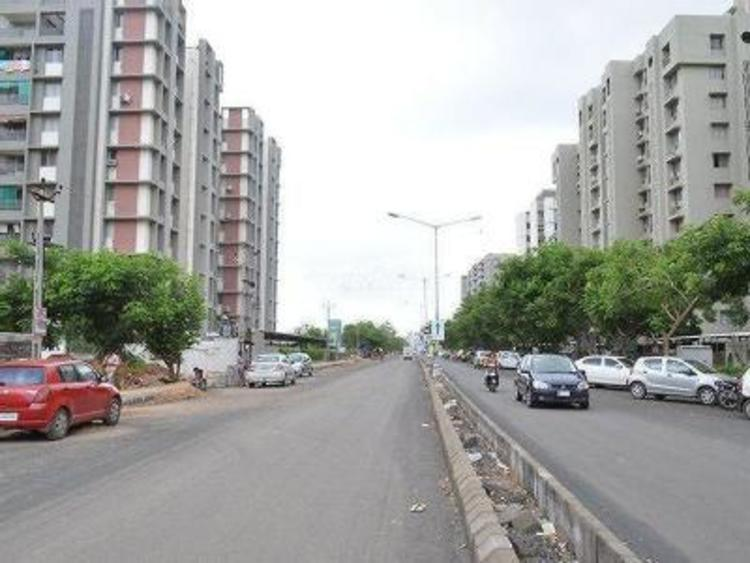 where-should-you-invest-in-ahmedabad-at-present.jpg