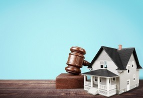 tips-on-buying-property-at-auctions.jpg